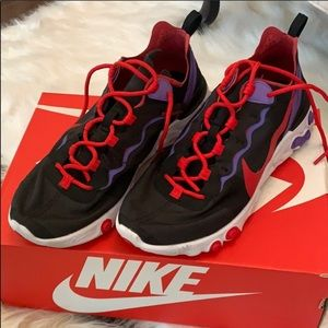 Nike Shoes - Nike Element 55